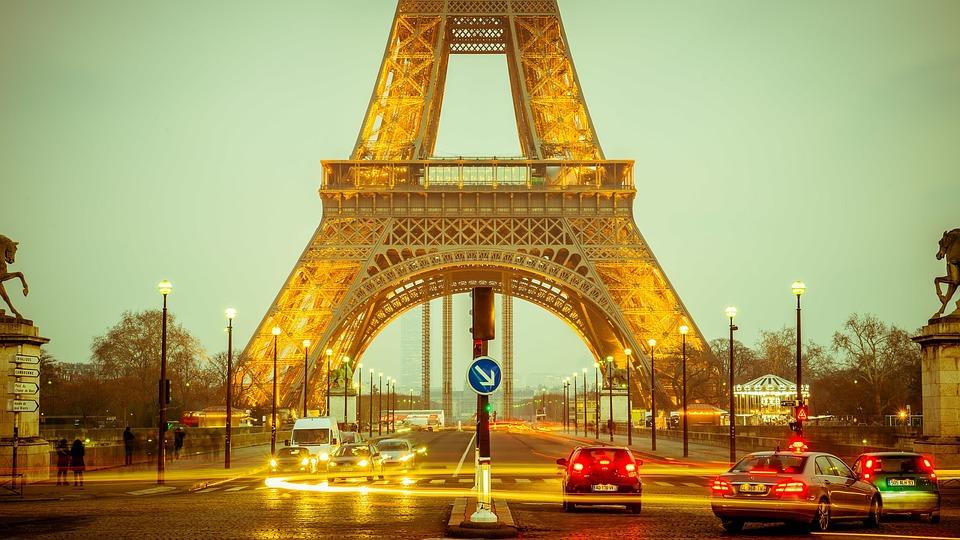 パリのシャネルで買い物